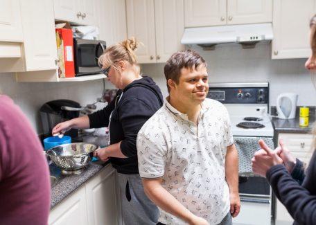 Jongen keuken