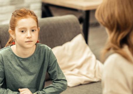 Meisje met autisme bezorgd